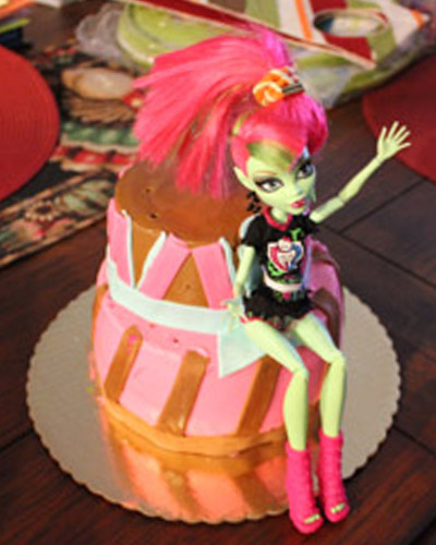 monster_high_cake_sophia_